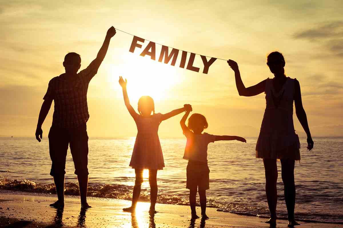 тебе картинка на аватарку счастливая семья ширине крышки отрезаем